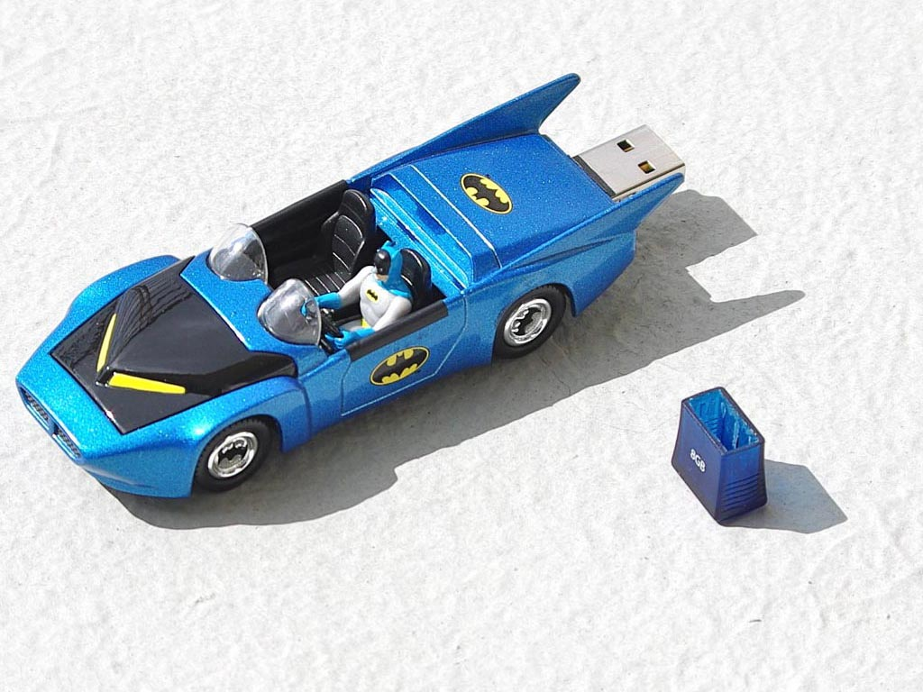 corgi_batmobile_usb_flash_drive